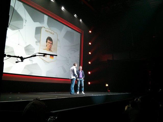 Gamescom : l'assemblée de Sony commencera à 19h, suivez-la en live . ea-press-conference-fifa-14-legends-lothar-mattha-us_33